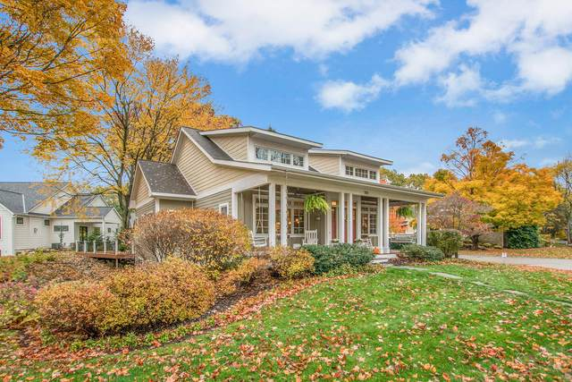 333 Lakeshore Drive #14, Holland, MI 49424 (MLS #20045394) :: Keller Williams RiverTown