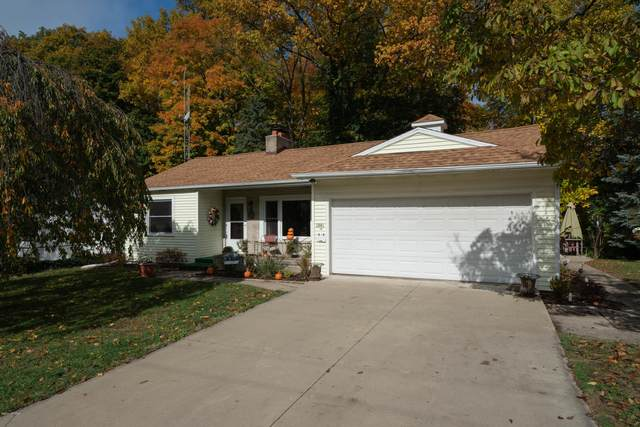 1001 Court Place Place, South Haven, MI 49090 (MLS #20045449) :: Keller Williams RiverTown