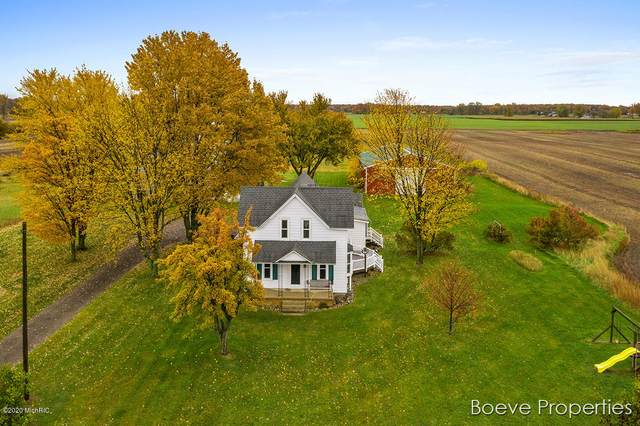 9018 72nd Avenue, Hudsonville, MI 49426 (MLS #20045718) :: CENTURY 21 C. Howard
