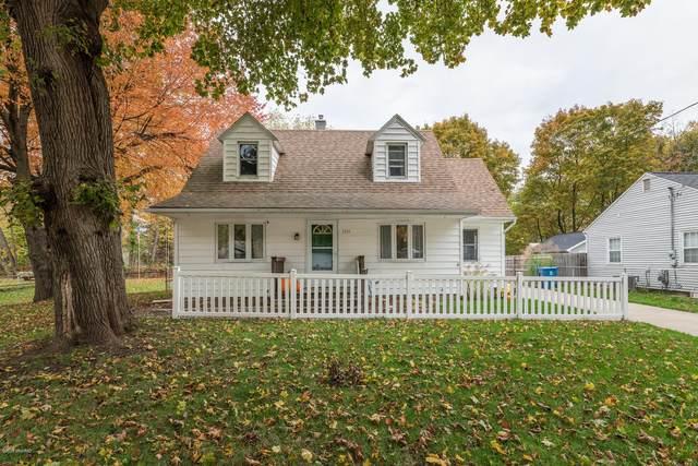 3919 Hayes Street, Portage, MI 49002 (MLS #20045870) :: Deb Stevenson Group - Greenridge Realty