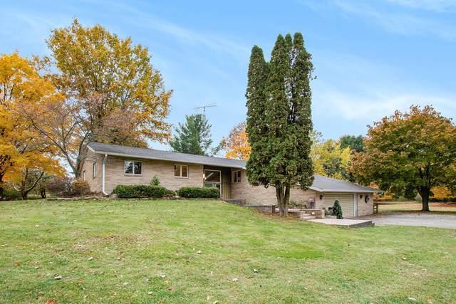 5775 S Green Avenue, Fremont, MI 49412 (MLS #20046127) :: Deb Stevenson Group - Greenridge Realty
