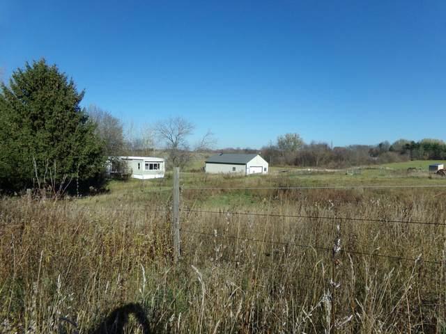 16360 Albrecht Avenue NE, Cedar Springs, MI 49319 (MLS #20046159) :: JH Realty Partners