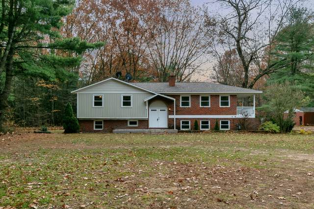 2334 138th Avenue, Dorr, MI 49323 (MLS #20046773) :: Deb Stevenson Group - Greenridge Realty