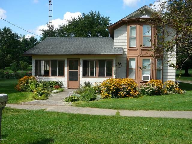 204 N Main Street, Waldron, MI 49288 (MLS #20047640) :: Jennifer Lane-Alwan