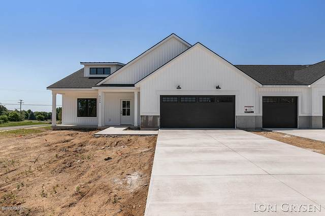 6581 Sheldon Crossing #11, Hudsonville, MI 49426 (MLS #20047646) :: Deb Stevenson Group - Greenridge Realty