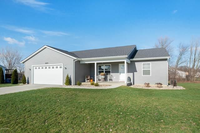 1805 Cooke Farms Dr, Dorr, MI 49323 (MLS #20047827) :: Deb Stevenson Group - Greenridge Realty