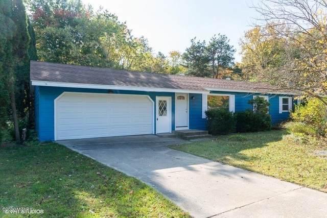 11102 Woodbushe Drive SE, Lowell, MI 49331 (MLS #20047867) :: Keller Williams RiverTown