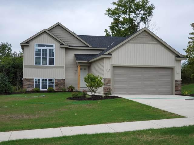 2842 Plover Drive SE, Kentwood, MI 49508 (MLS #20047869) :: Keller Williams RiverTown