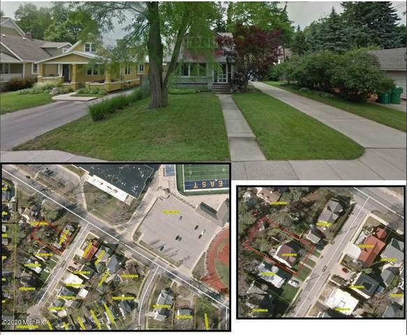 833 Ross Court SE, East Grand Rapids, MI 49506 (MLS #20047942) :: JH Realty Partners