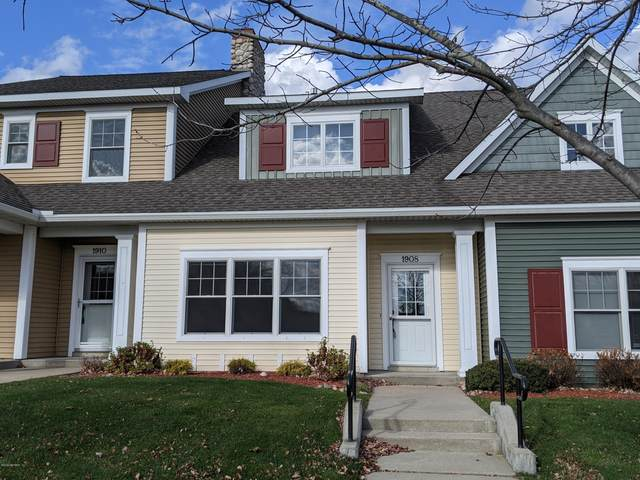 1908 Meijer Drive #39, Greenville, MI 48838 (MLS #20048357) :: Deb Stevenson Group - Greenridge Realty