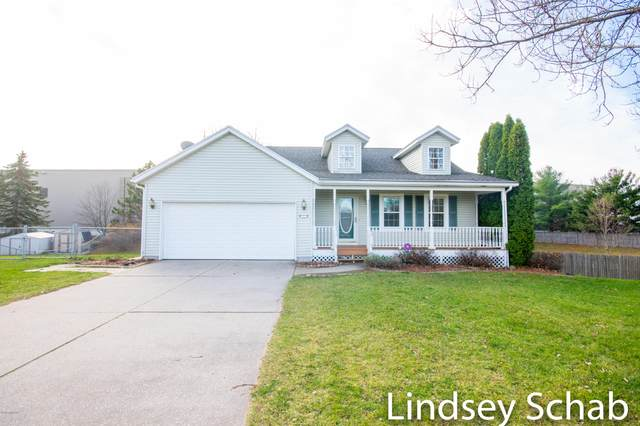 490 6th Street, Cedar Springs, MI 49319 (MLS #20048362) :: JH Realty Partners
