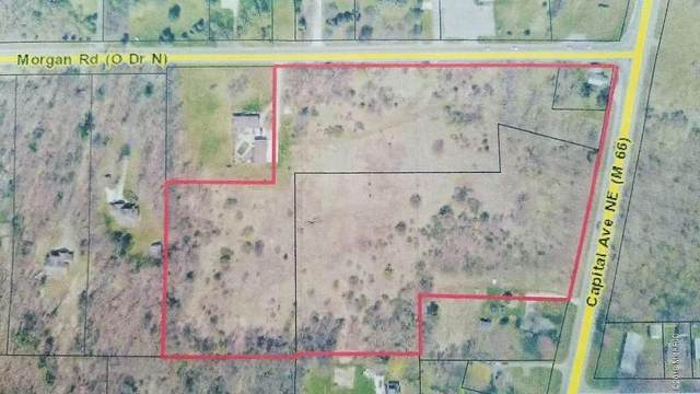 1961 Capital Avenue NE, Battle Creek, MI 49017 (MLS #20048424) :: Deb Stevenson Group - Greenridge Realty