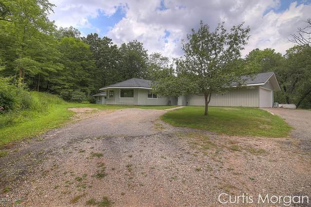 109 Honey Creek, Ada, MI 49301 (MLS #20048460) :: Ginger Baxter Group