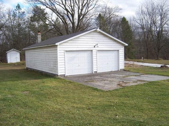 1126 N Greenville Road, Stanton, MI 48888 (MLS #20048545) :: JH Realty Partners