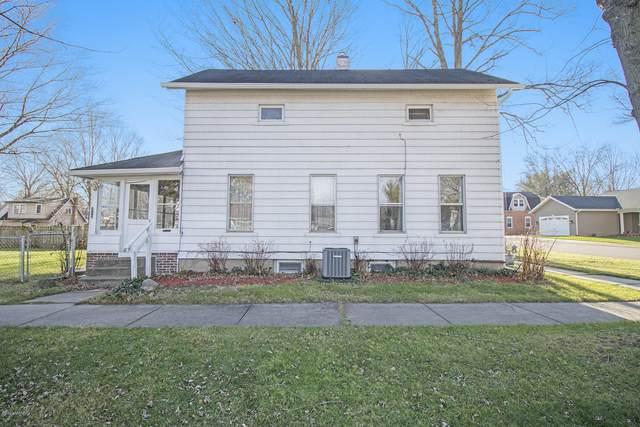 212 W Julius Street, Berrien Springs, MI 49103 (MLS #20048550) :: Deb Stevenson Group - Greenridge Realty
