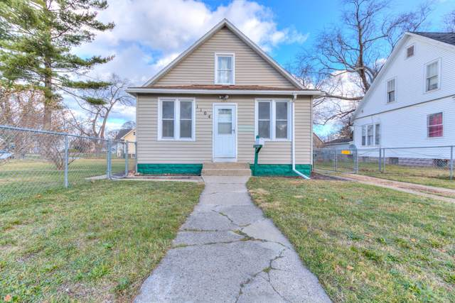 1104 W Southern Avenue, Muskegon, MI 49441 (MLS #20048662) :: Deb Stevenson Group - Greenridge Realty