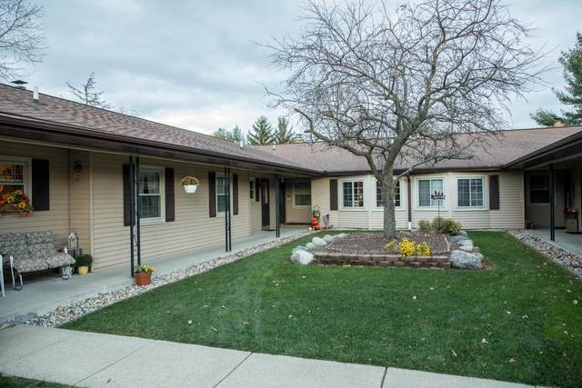 7484 Pinegrove Drive #43, Jenison, MI 49428 (MLS #20048783) :: Deb Stevenson Group - Greenridge Realty