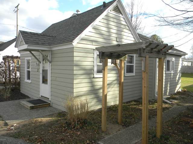 422 N Ferry Street Cottage 3, Ludington, MI 49431 (MLS #20048926) :: JH Realty Partners