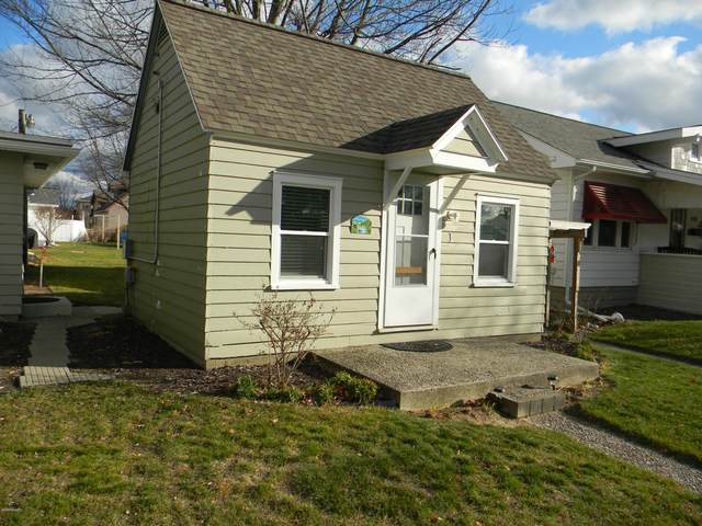 422 N Ferry Street Cottage 1, Ludington, MI 49431 (MLS #20048927) :: JH Realty Partners