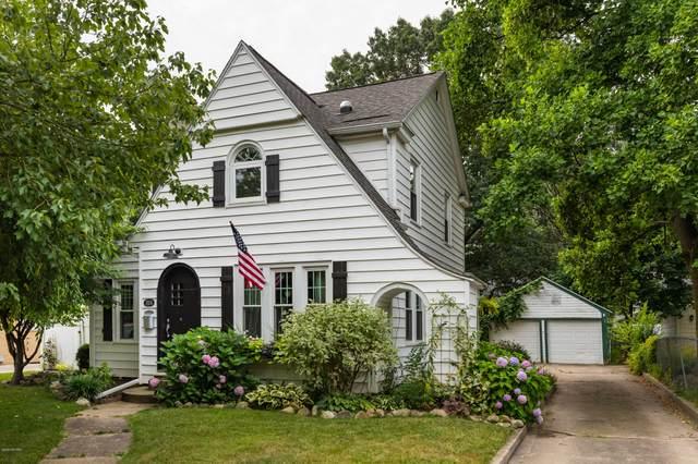 1104 Homecrest Avenue, Kalamazoo, MI 49001 (MLS #20048970) :: Jennifer Lane-Alwan