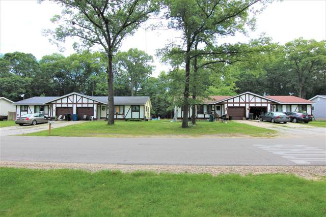 2346 Lincoln Park Drive, Norton Shores, MI 49441 (MLS #20049162) :: Ron Ekema Team