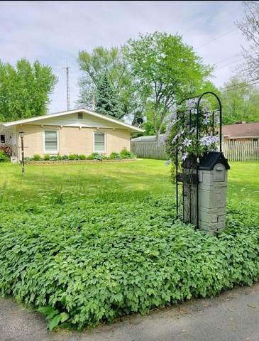 1573 Shawnee Road, Benton Harbor, MI 49022 (MLS #20049250) :: Ron Ekema Team