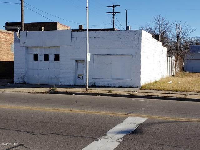 2810 Peck Street, Muskegon Heights, MI 49444 (MLS #20049260) :: Ron Ekema Team