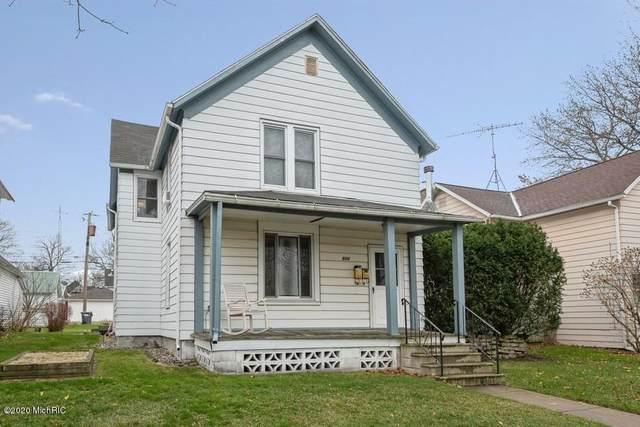 904 Harrison Avenue, St. Joseph, MI 49085 (MLS #20049343) :: Ron Ekema Team