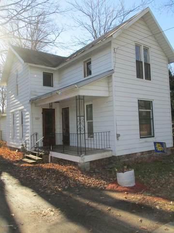 327 W Burr Oak Street, Centreville, MI 49032 (MLS #20049346) :: JH Realty Partners