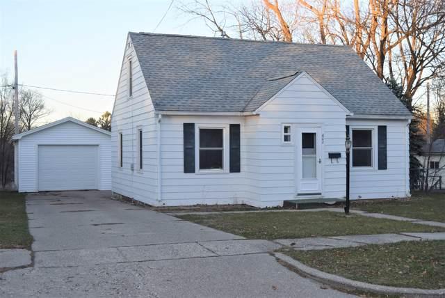 602 W Orange Street, Greenville, MI 48838 (MLS #20049367) :: CENTURY 21 C. Howard