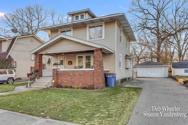 1847 Cornelius Avenue SE, Grand Rapids, MI 49507 (MLS #20049660) :: CENTURY 21 C. Howard