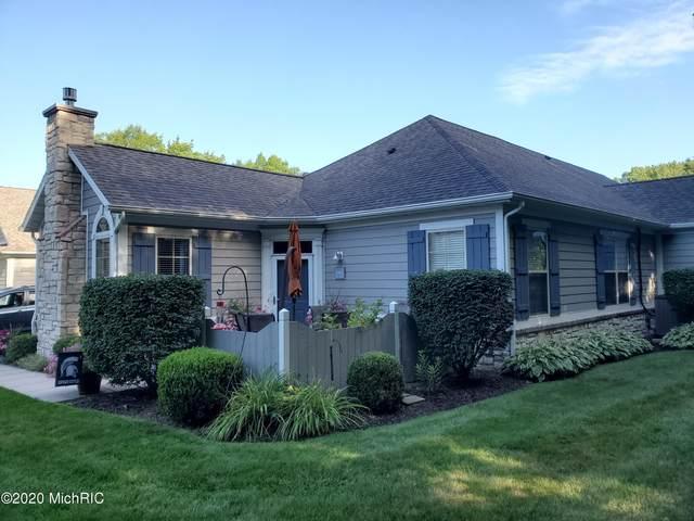 2902 Villa Lane, Benton Harbor, MI 49022 (MLS #20050139) :: Deb Stevenson Group - Greenridge Realty