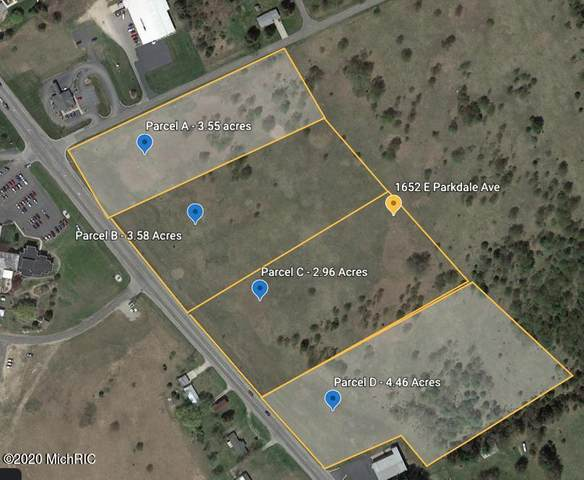 1652 E Parkdale Avenue, Manistee, MI 49660 (MLS #20050267) :: JH Realty Partners