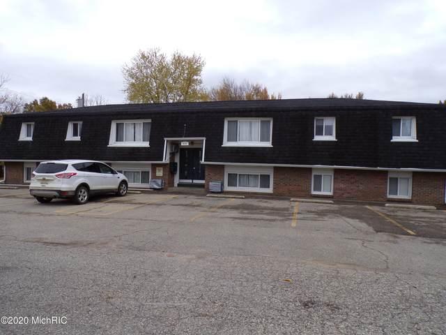 920 E Main Street, Paw Paw, MI 49079 (MLS #20050335) :: Deb Stevenson Group - Greenridge Realty