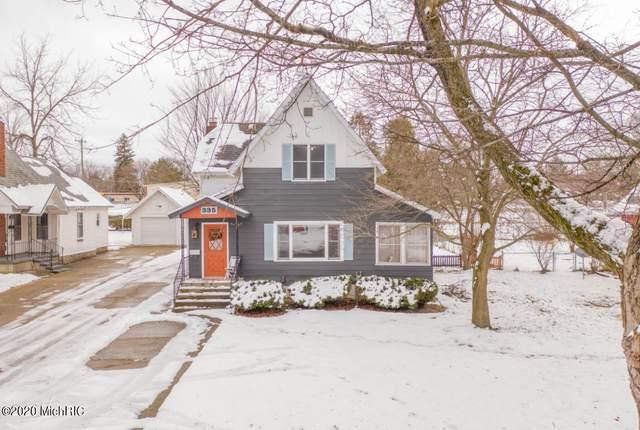 335 W Todd Avenue, Reed City, MI 49677 (MLS #20051504) :: Deb Stevenson Group - Greenridge Realty