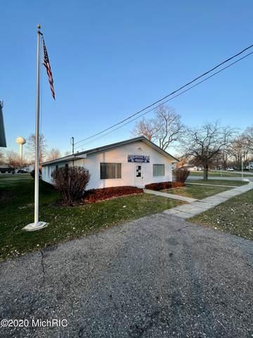 127 E Jackson Drive, Tekonsha, MI 49092 (MLS #20051571) :: Keller Williams Realty | Kalamazoo Market Center