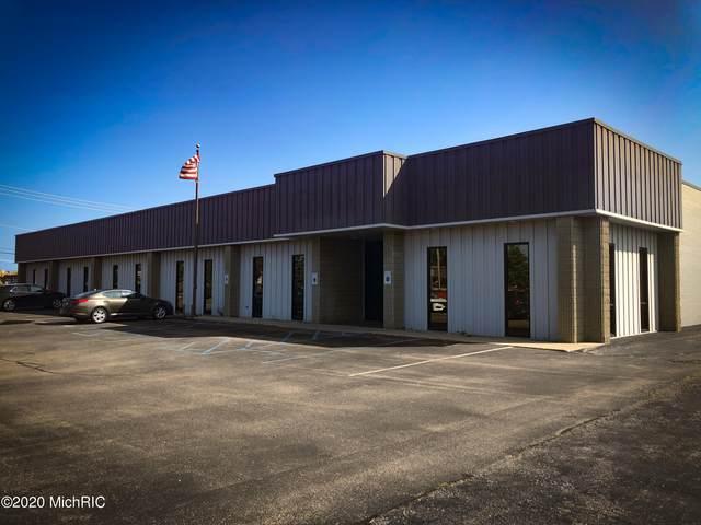 3001 S State Street, St. Joseph, MI 49085 (MLS #20051893) :: Deb Stevenson Group - Greenridge Realty