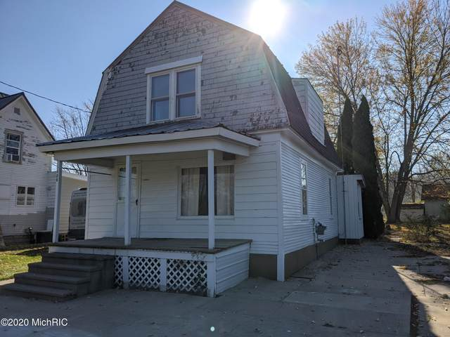 125 Miller Street, Ionia, MI 48846 (MLS #21000042) :: CENTURY 21 C. Howard