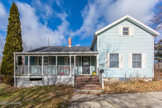 448 Allen Street, Ionia, MI 48846 (MLS #21000262) :: CENTURY 21 C. Howard