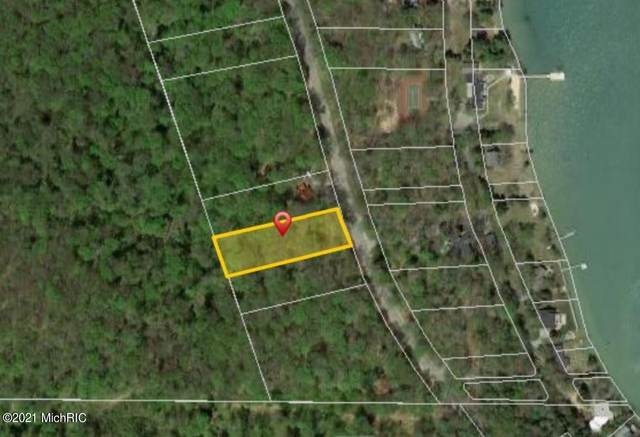 Lot 10 Shorewood Drive, Frankfort, MI 49635 (MLS #21000366) :: Keller Williams Realty | Kalamazoo Market Center