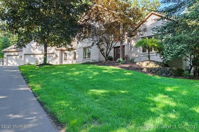 3369 Bluewater Pines Drive NE, Grand Rapids, MI 49525 (MLS #21000740) :: JH Realty Partners