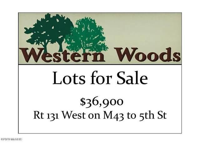 8876 Western Woods Drive, Kalamazoo, MI 49009 (MLS #21000939) :: Keller Williams Realty | Kalamazoo Market Center