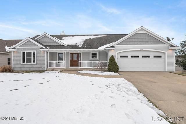 3235 Deep Rose Drive, Hudsonville, MI 49426 (MLS #21001033) :: Deb Stevenson Group - Greenridge Realty