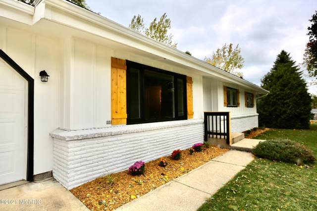 1260 Cornell Street, Manistee, MI 49660 (MLS #21001377) :: Deb Stevenson Group - Greenridge Realty