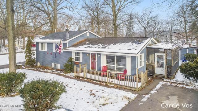 12321 Woodland Park Drive NE, Belding, MI 48809 (MLS #21001451) :: Ginger Baxter Group