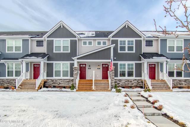 6921 Myers Lake Avenue NE #10, Rockford, MI 49341 (MLS #21001457) :: Ginger Baxter Group