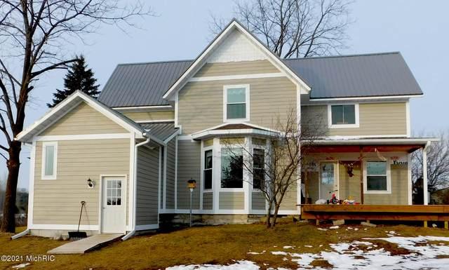 9909 Chief Road, Bear Lake, MI 49614 (MLS #21001498) :: Deb Stevenson Group - Greenridge Realty