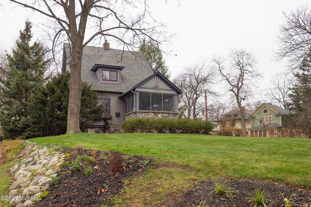 1602 Grand Avenue, Kalamazoo, MI 49006 (MLS #21001545) :: Ginger Baxter Group