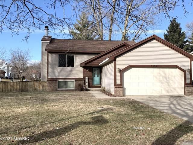3291 Sunrise Street SE, Grand Rapids, MI 49508 (MLS #21001559) :: Deb Stevenson Group - Greenridge Realty