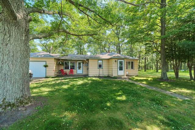 885 Canfield Road, Manistee, MI 49660 (MLS #21001590) :: Deb Stevenson Group - Greenridge Realty